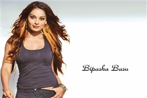 Bollywood Actress Bipasha Basu Wallpaper