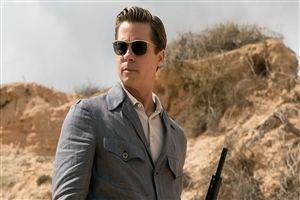 Brad Pitt Wear Sungalsses