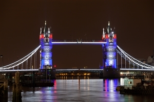 Amazing Night Look of Tower Bridge in United Kingdom HD Wallpapers