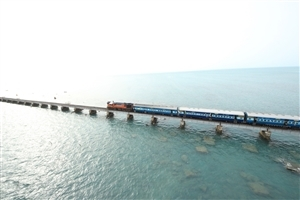 Beautiful Rameshwaram Train Bridge in Sea Photos