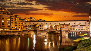 Ponte Vecchio Arch Bridge in Florence Italy 4K Wallpaper