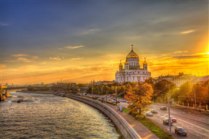 Cathedral of Christ the Saviour in Moscow Russia Wallpaper