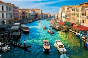 Cities Venice in the Spring Wallpaper