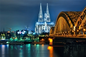 Cologne Cathedral in City Cologne of Germany Wallpaper
