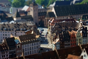 Nice House and Road Look of City with Tilt Shift Photos
