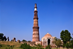 Qutb Minar Tourist Place in India Wallpapers