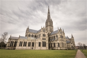 Salisbury Cathedral in Salisbury England Tourist Place Wallpaper
