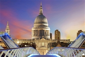 Tourist Place St Pauls Cathedral in UK