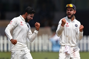 Virat Kohli and Ravindra Jadeja Test Cricket Match Wallpaper