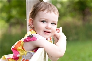 Beautiful Cute White Baby Girl HD Wallpapers