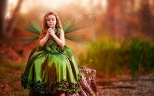 Charming Girl Wearing Butterfly Clothes Wallpaper