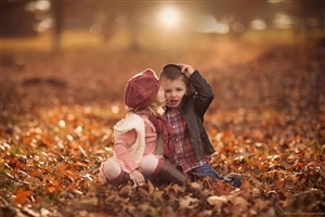 Cute Baby Girl and Boy Kissing HD Wallpapers