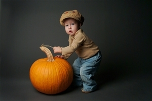 Cute Baby with Pumpkin HD Wallpapers