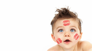 Kiss Cheeks on Cute Baby Child 8K Wallpaper