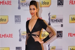 Actress Deepika Padukone in Black Dress Wallpapers
