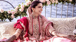 Beautiful Pic of Deepika Padukone at Mehendi Ceremony