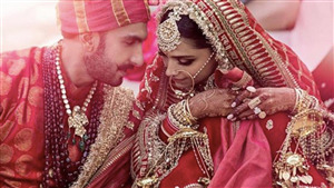 Wedding Photo of Ranveer Singh with Deepika Padukone