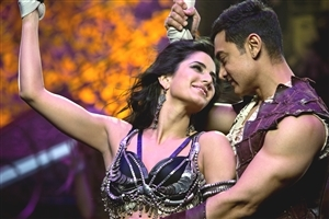 Katrina Kaif and Aamir Khan in Dhoom 3 Songs Wallpaper