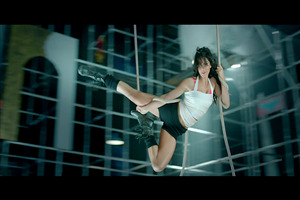 Katrina Kaif doing Stunt in Dhoom 3 Hindi Bollywood Movie Wallpaper