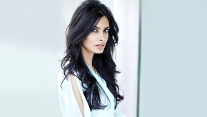 Popular Actress Diana Penty HD Wallpaper