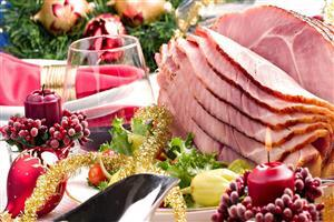 Christmas Dinner on Holiday HD Wallpaper