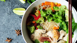 Salad and Chicken Noodle Chinese Food Dish Wallpaper