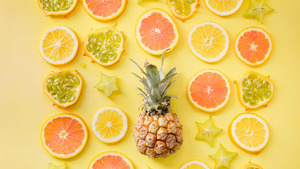 Various Sliced of Fruits 4K Pics