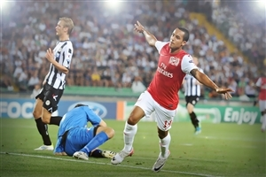 Players of Udinese Calcio and Arsenal Football Club Photos