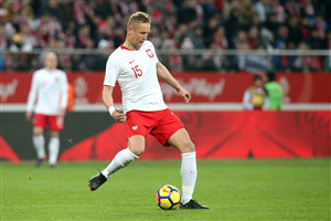 Poland FIFA Player Kamil Glik Kicking Ball Wallpapers