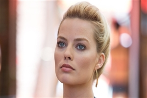 Actress Margot Robbie Close Up Face