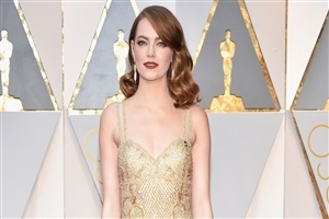 Emma Stone in Oscar 2017 Red Carpet HD Photo