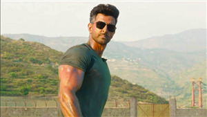 Wallpaper of Actor Hrithik Roshan in War Movie