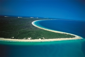 Beautiful Fraser Island in Australia Wallpapers