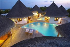sland Hideaway at Maldives Dhonakulhi Swimming Pool