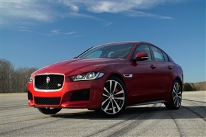 Latest 2018 Jaguar XE Red Gorgeous Car