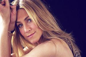 Cute Jennifer Aniston Face Pic