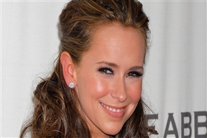 English Film Actress Jennifer Love Hewitt Cute Smile HD Photo