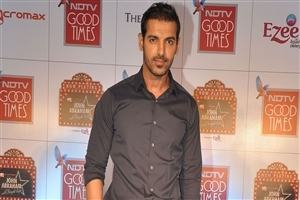 Dashing Bollywood Hero John Abraham Wallpapers Background