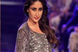 Bollywood Heroine Kareena Kapoor HD Pics