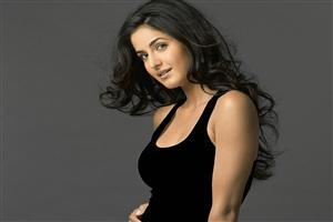 Cute Bollywood Actress Katrina Kaif in Black