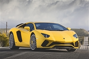 New 2018 Lamborghini Aventador Yellow Car