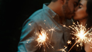 Couple Celebrate Diwali by Sparkler HD Wallpapers