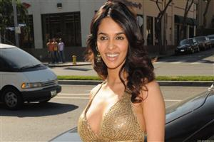 Mallika Sherawat Bollywood Actress