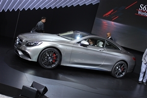 Latest New 2015 Mercedes Benz S63 AMG Coupe Car HD Wallpaper