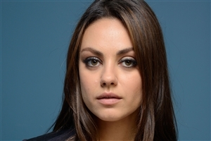 Beautiful American Actress Mila Kunis Photo