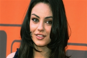 Mila Kunis Beautiful American Actress HD Wallpapers