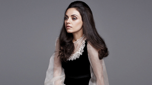 Pretty Cute Mila Kunis HD Pictures
