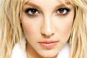 Cute Britney Spears American Singer HD Photo