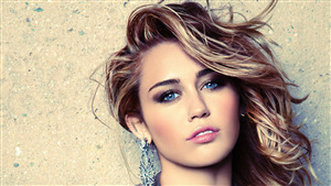 Miley Cyrus Singer Image
