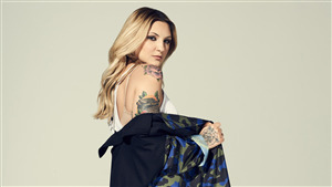 Popular Julia Michaels Celebrity Singer of America HD Wallpaper